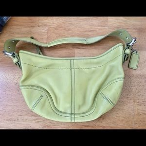 Lime Green Coach Purse. Authentic 100% leather